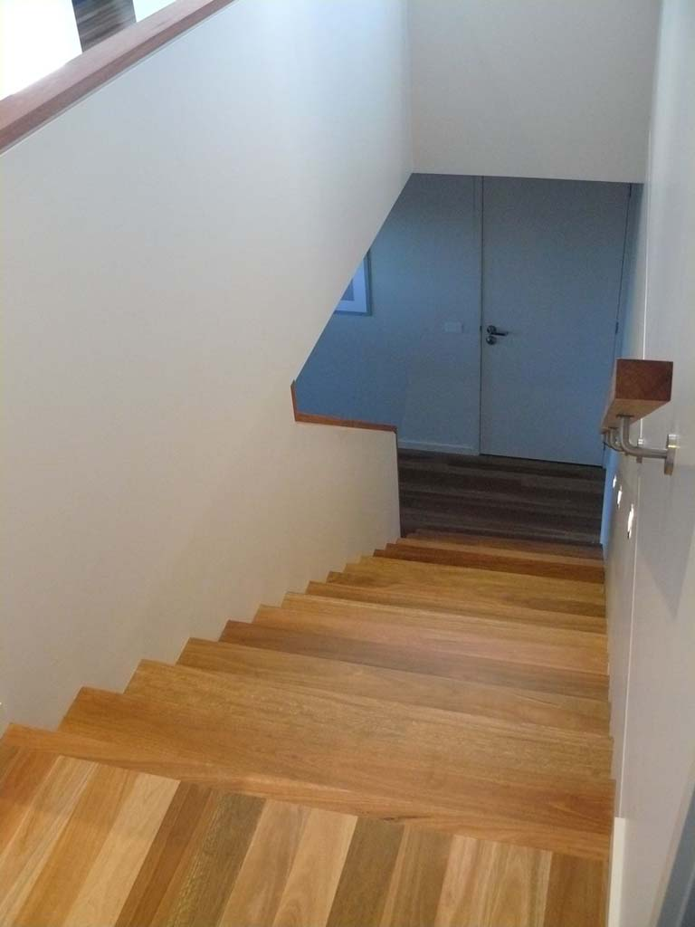 Available In Varying Shapes And Thickness, Timber, Wrought Iron Or Steel  Railings, Free Or Wall Mounted U2013 The Design Of Your Stair Railings Can Help  To Make ...
